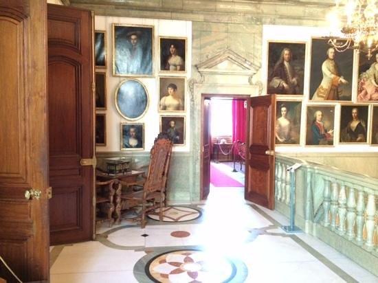 Museo Hallwyl: upper halway