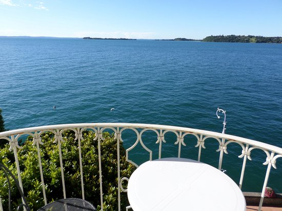 Grand Hotel Gardone Riviera : My room with a view