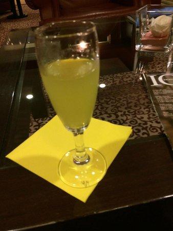 Best Western Plus Hotel Felice Casati: Great Limoncello