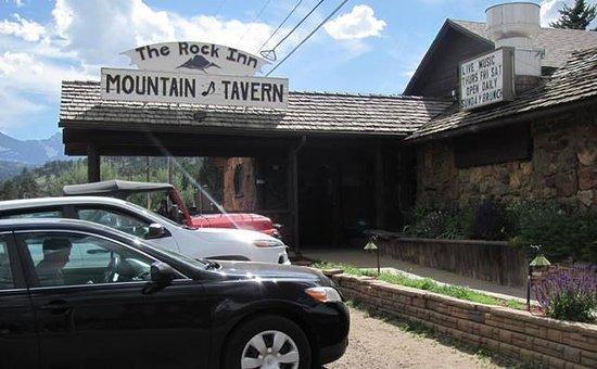 Rock Inn Mountain Tavern: Rock Inn - front view