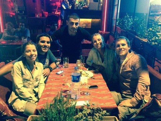 Shadow Cafe & Restaurant : De paseo por Estambul