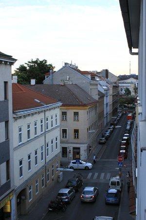 Hotel Geblergasse: Вид из окна (3 этаж)