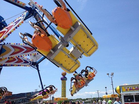 Jenkinson's Boardwalk: kite flyer ride