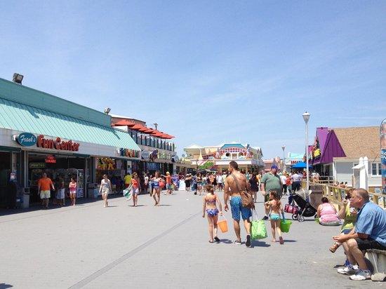 Jenkinson's Boardwalk: view of Boardwalk