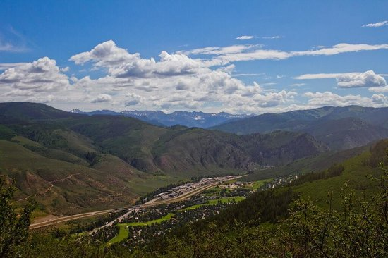 Beaver Creek Stables: Gore range from horse trail.