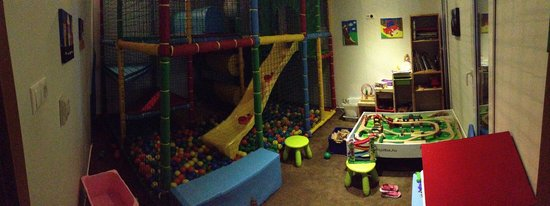 Residence Balaton Conference & Wellness Hotel: The playroom. Not big, but good enough for hours and hours