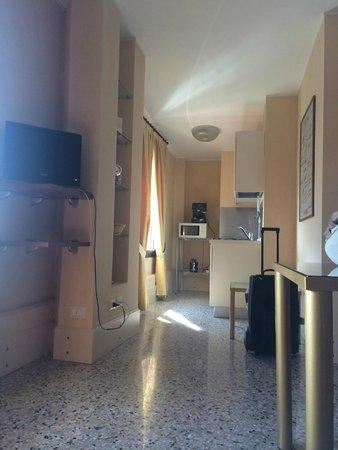 Residenza Grandi Vedute: Kitchen with great expresso machine