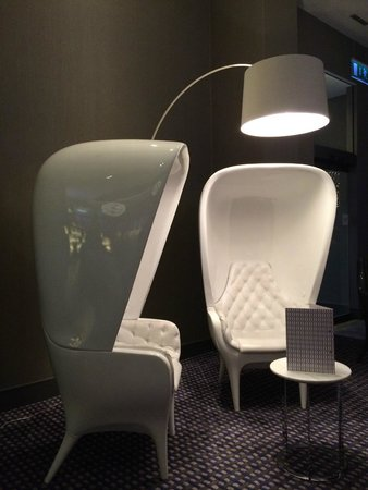 Pullman London St Pancras: Quirky chairs