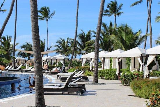 Majestic Elegance Punta Cana: wonderful pool area