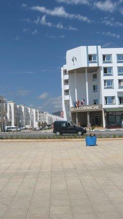 La Corniche Hotel