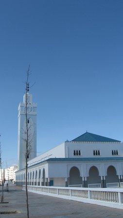 La Corniche Hotel: La Mosquée