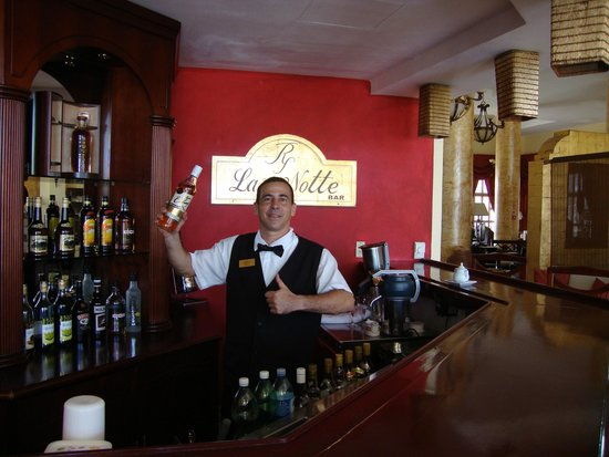 Paradisus Varadero Resort & Spa: bar la notte