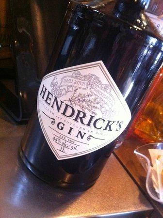 E Lucevan le Stelle : We also serve Hendrick's Gin Tonic