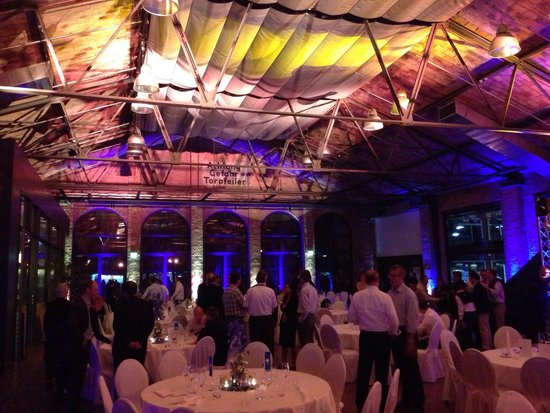 Classic Remise Berlin: Dinerzaal