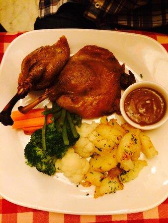 Le Beaujolais: Roasted Duck legs