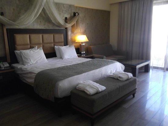 La Marquise Luxury Resort Complex: Our room