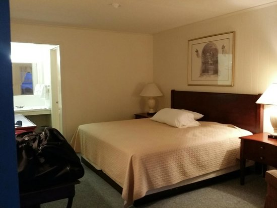 New River Inn and Cottages: King Bed room