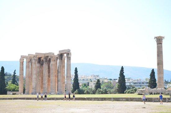 Temple of Olympian Zeus : Temple of Zeus