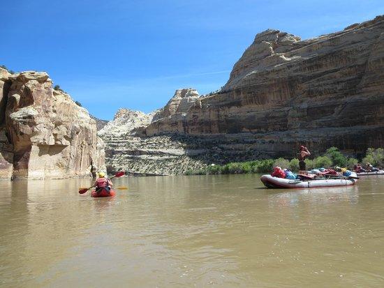 Dinosaur River Expeditions : Dinosaur National Park