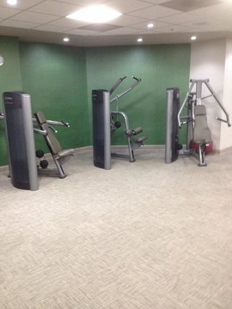 The Westin Washington, D.C. City Center: Variation in machines in hotel gym