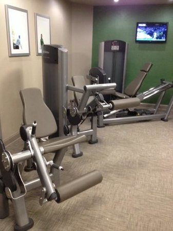 The Westin Washington, D.C. City Center: Gym with new machines and good ventilation
