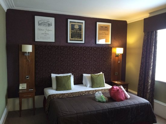 Hallmark Hotel Derby Midland : Stylish room