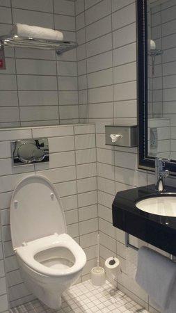 Thon Hotel Prinsen: Badet