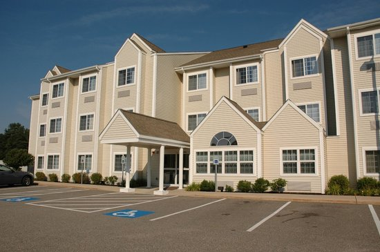 Microtel Inn & Suites by Wyndham Dover : 4