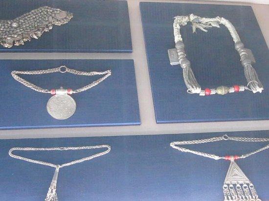 Al Ain National Museum: bijoux ancien