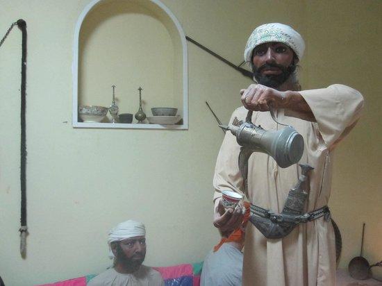 Al Ain National Museum: Statue de cire montrant la vie des nomades