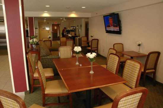 Microtel Inn & Suites by Wyndham Dover: 12