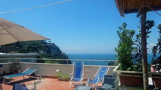 Hotel Tirrenia: Sun Terrace