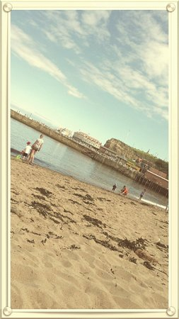 Whitby Beach: Day out ☺