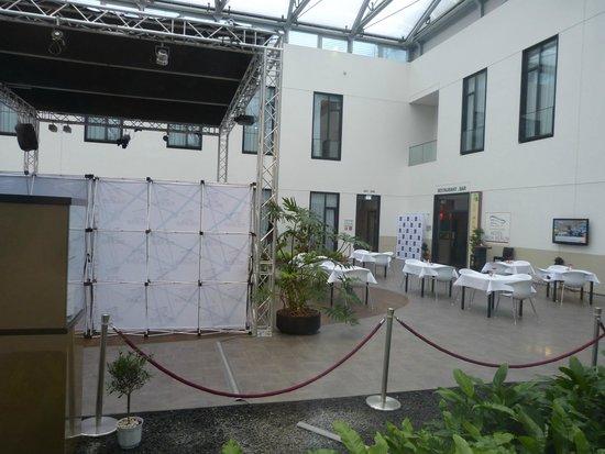 """Mercure Hotel MOA Berlin: Zimmeraussicht auf die """"Flaniermeile"""""""