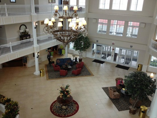 Blue Harbor Resort : Lobby from of the hotel