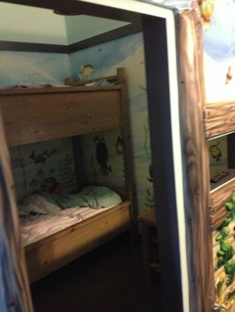 Blue Harbor Resort: A lovely bunk bed for kids