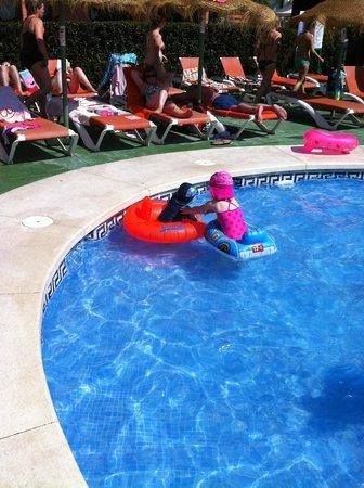Hotel & Spa Benalmadena Palace: loving the pool