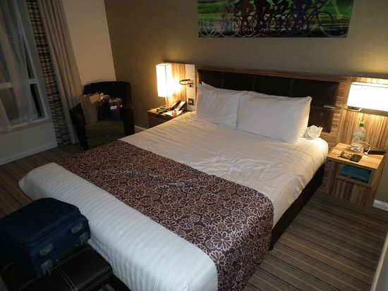 Holiday Inn London - Stratford City: Nice, comfy Hypnos Mattress