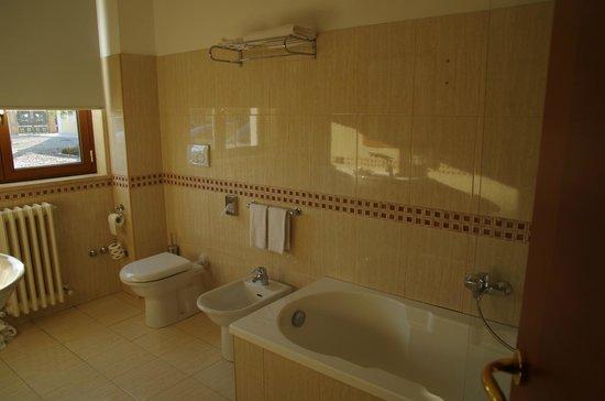 Villa Fiorita Hotel : salle de bain