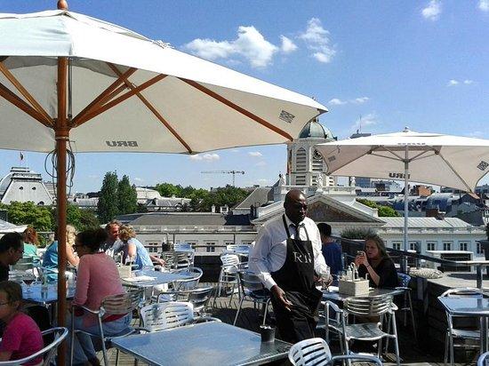 Restaurant MIM: Outdoors