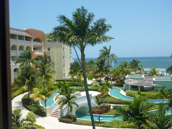 Iberostar Rose Hall Suites : Hotel grounds