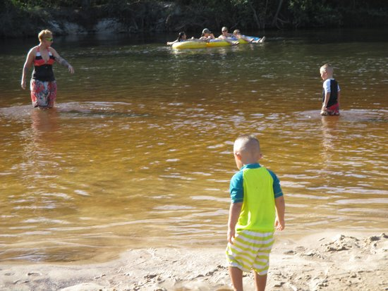 Blackwater River State Recreation Area : Playing in the water
