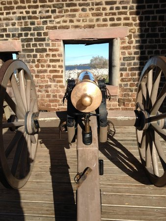 Old Fort Jackson: This is the actual cannon they fire.