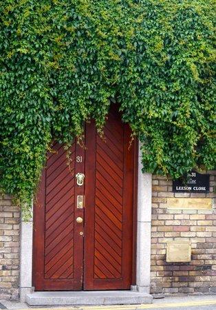 Number 31 : Front door
