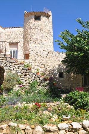 La Colombiere du Chateau : The 'Colombiere' or original pigeon coup.