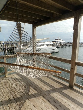 The Cottages at Nantucket Boat Basin: Lower Deck