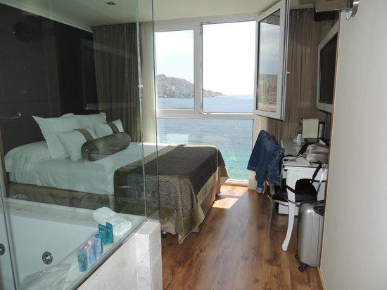 Villa Venecia Hotel Boutique: Room and wonderful view.