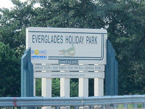 Everglades Holiday Park : Entrance