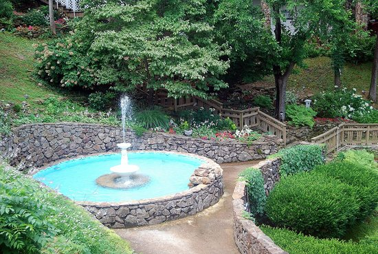 Quality Inn: Hotel Fountain and Gardens