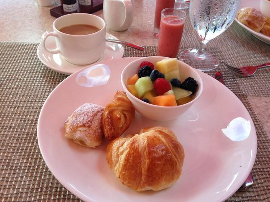 Surf Lanai: Pleasant Holiday package - Continental breakfast